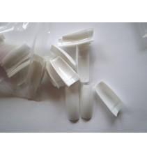 500 vnt. baltų tipsų ND023