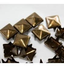 100 vnt. 10 mm bronzinės kniedės KND033